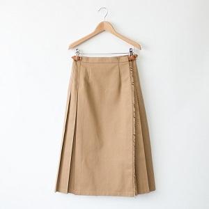 無地プリーツスカート